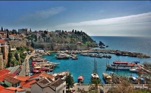 Покупка недвижимости в Турции – хорошая альтернатива европейским курортам в соотношении цены и качества. Здесь каждый сможет найти такое жилье, которое придется как по душе, так и по карману.