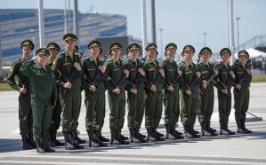 Более двух сотен атлетов приняли военную присягу в Олимпийском парке Сочи