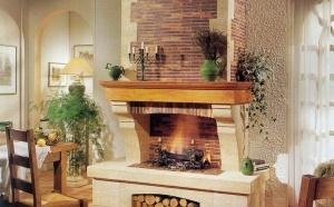 Плитка для камина поставляется коллекциями, изготовленными в разных стилях. Материал имеет высокую эстетическую красоту и хорошие практические характеристики.