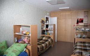 Можно недорого снять комнату, в которой будет сделан евроремонт, и даже может быть отдельная ванная комната.
