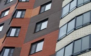 В прошлом году стоимость жилья в новостройках повысилась на 8%, за 1 кв. м запрашивали 160 тыс. рублей. Больше всех подорожание коснулось однокомнатных квартир, трехкомнатные практически не подорожали.