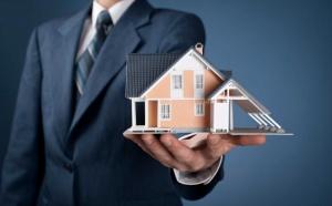 На страницах газет вы часто видите рекламу агентств недвижимости: приходите к нам, мы вас научим, будете хорошо зарабатывать…