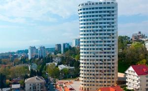 Юг России последнее время становится отличным вариантом для инвестирования денежных средств.  Темпы роста стоимости недвижимости на Юге будут только увеличиваться, чему причина активное развитие инфраструктуры, оживленное строительство объектов, а также запланированное на 2014 г. грандиозное мероприятие – зимняя Олимпиада.