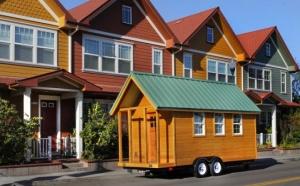 Веб-дизайнер из Соединенных Штатов решил для себя и своей невесты жилищный вопрос. Алек Лисефски, так зовут молодого человека