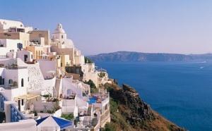 Греция – весьма привлекательная страна для удачных инвестиций в недвижимость. Привлекают приемлемые цены на объекты недвижимости, большой выбор, а также, несомненно, мягкий климат страны, удобное расположение с точки зрения летнего курортного отдыха.