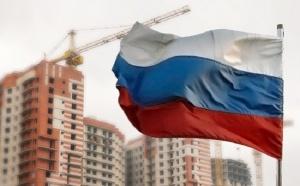Глава Минфина, Владимир Якушев, заявил о том, что в России пока не планируют разрабатывать новую программу господдержки ипотечного кредитования. Якушев также сообщил, что в настоящее время спрос на ипотеку в стране не падает, поэтому никаких радикальных изменений по этому вопросу не предвидится.