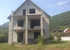 Дом 270 м² на участке 15 сот.