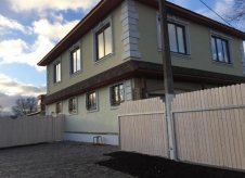 Дом 203 м² на участке 1 сот.