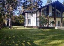 Дом 370 м² на участке 17 сот.