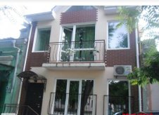 Дом 170 м² на участке 1.2 сот.