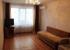 2-к квартира, 55 м², 1/10 эт.