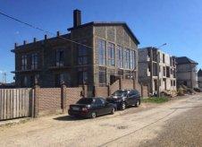 Дом 450 м² на участке 7 сот.