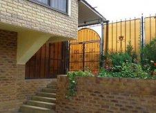 Дом 1300 м² на участке 15 сот.