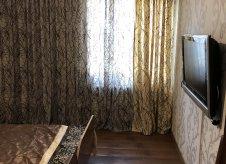 2-к квартира, 55 м², 3/3 эт.