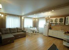 Дом 84 м² на участке 2 сот.