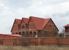 Дом 632 м² на участке 15 сот.
