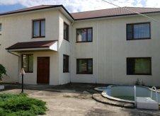 Дом 230 м² на участке 9 сот.