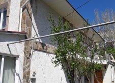 Дом 340 м² на участке 6 сот.
