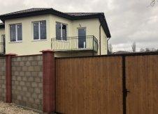 Дом 100 м² на участке 2 сот.