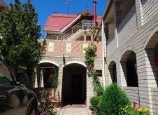 Дом 552 м² на участке 3.1 сот.