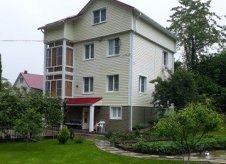 Дом 198 м² на участке 10 сот.