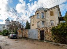 Дом 262 м² на участке 5 сот.