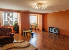 4-к квартира, 158 м², 5/6 эт.