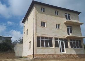 Дом 318 м² на участке 13.65 соток