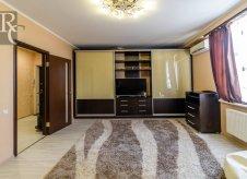1-к квартира, 53 м², 1/9 эт.