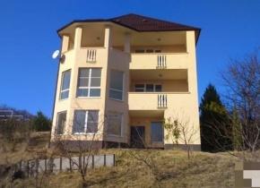 Дом 250 м² на участке 12.00 соток