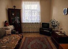 3-к квартира, 72 м², 1/3 эт.