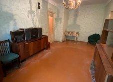 2-к квартира, 42 м², 1/5 эт.