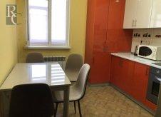 1-к квартира, 45 м², 3/10 эт.