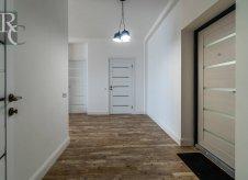 2-к квартира, 132 м², 9/10 эт.