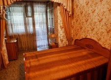 3-к квартира, 82 м², 1/3 эт.
