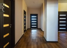 2-к квартира, 101 м², 8/9 эт.