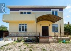 Дом 328 м² на участке 7 сот.