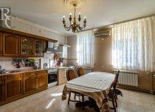 4-к квартира, 128 м², 4/6 эт.