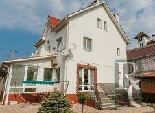 Дом 250 м² на участке 4 сот.