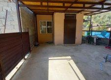 Дом 53 м² на участке 4 сот.