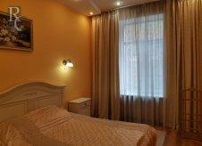 2-к квартира, 564 м², 2/3 эт.