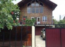 Дом 260 м² на участке 5 сот.