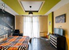 4-к квартира, 96 м², 2/4 эт.