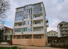 2-к квартира, 54 м², 1/4 эт.