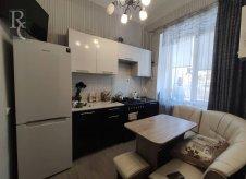 2-к квартира, 48 м², 1/3 эт.