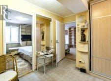 2-к квартира, 63 м², 2/5 эт.