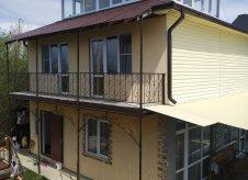 Дом 166 м² на участке 4 сот.