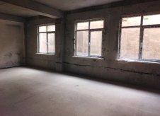 2-к квартира, 52 м², 1/6 эт.