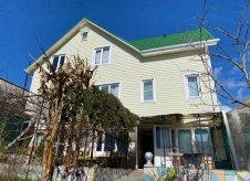 Дом 212 м² на участке 12 сот.