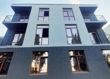 1-к квартира, 47 м², 1/3 эт.